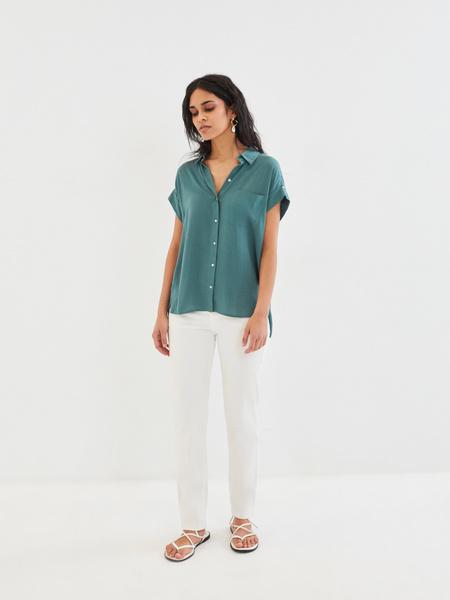 Блузка с карманом на груди - фото 6