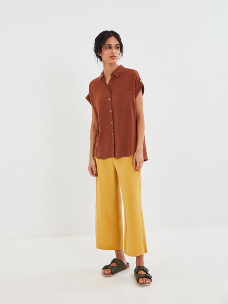 Блузка с карманом на груди - фото 8