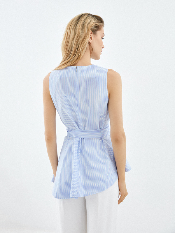 Блузка из 100% хлопка с асимметрией - фото 3