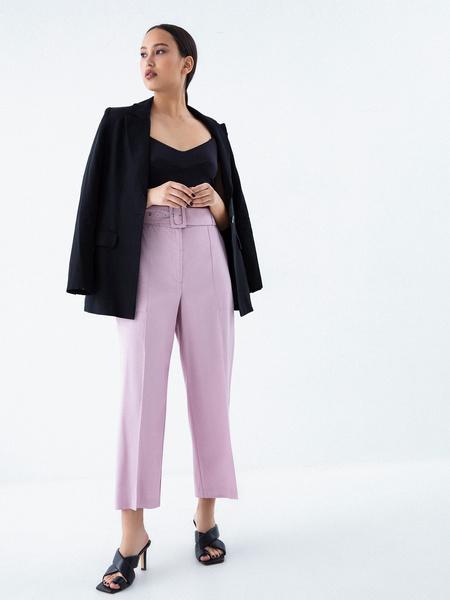 Прямые брюки с поясом - фото 7