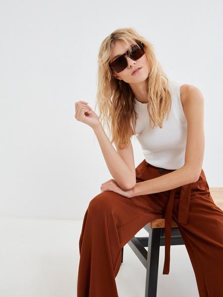 Широкие брюки с поясом - фото 8