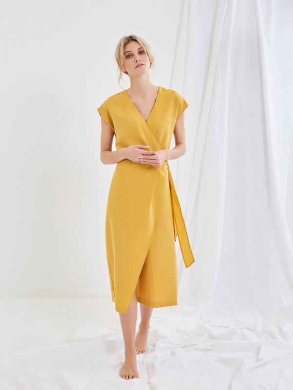 Платье со сборкой на боку - фото 1