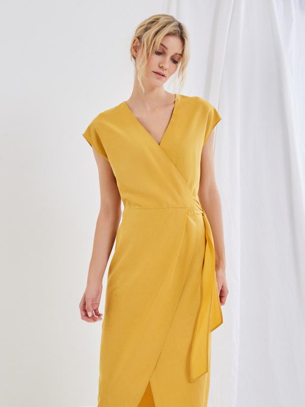 Платье со сборкой на боку - фото 3