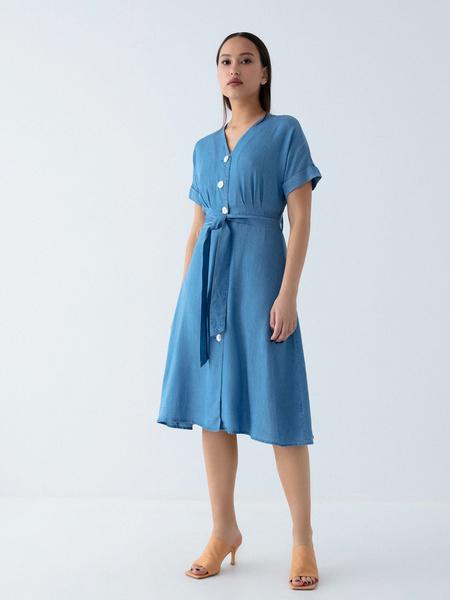 Джинсовое платье на поясе - фото 4