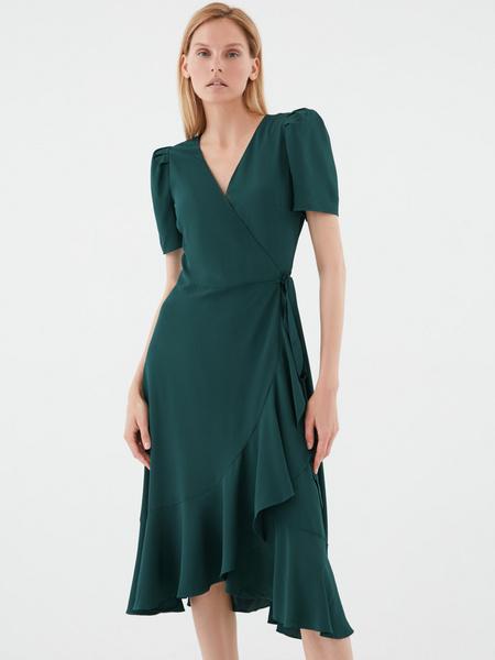 Струящееся платье с воланами