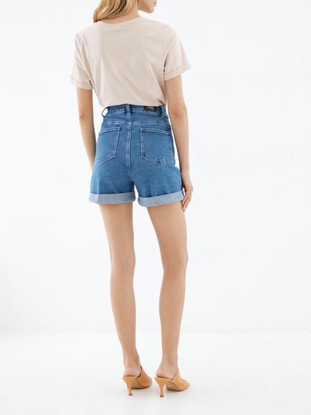 Джинсовые шорты с подворотами - фото 4
