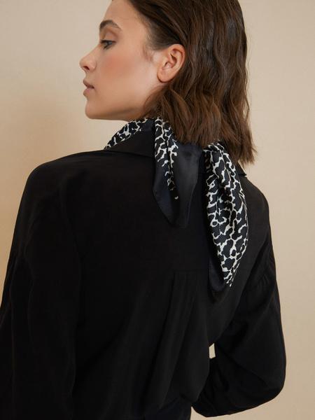 Атласный платок с принтом - фото 2