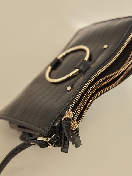 Сумка-багет на длинном ремешке - фото 3