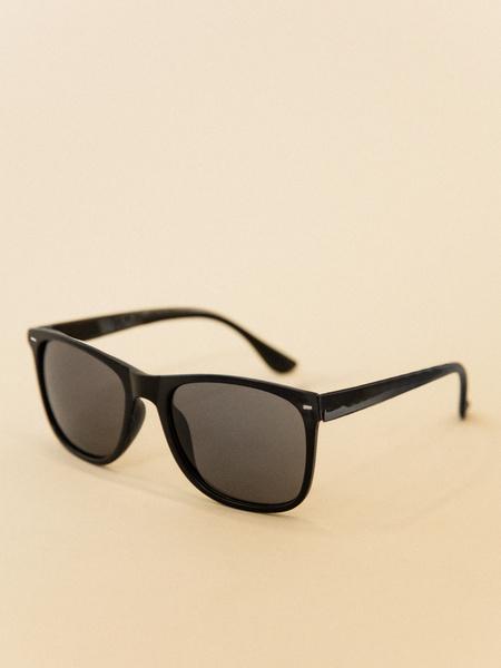 Солнцезащитные очки - фото 3