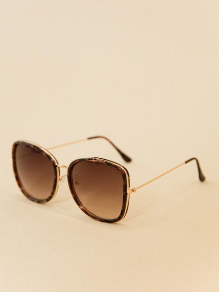 Солнцезащитные очки оверсайз - фото 2