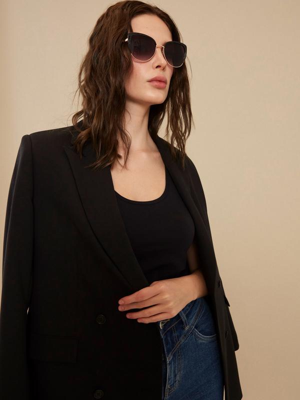 Солнцезащитные очки с уголками - фото 1