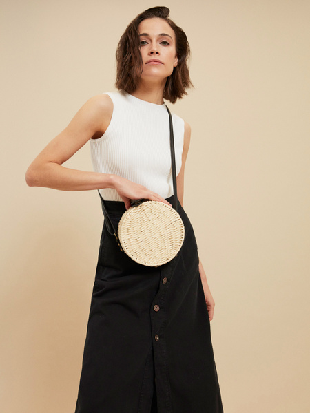 Плетеная сумка на длинном ремешке