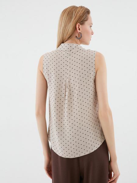 Блузка в мелкий горох - фото 4