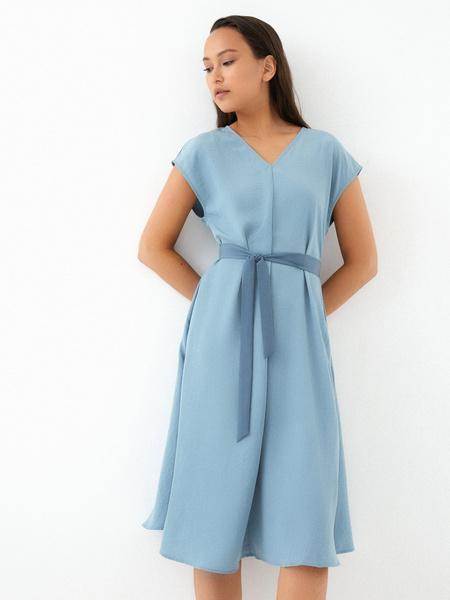 Струящееся платье-миди - фото 3