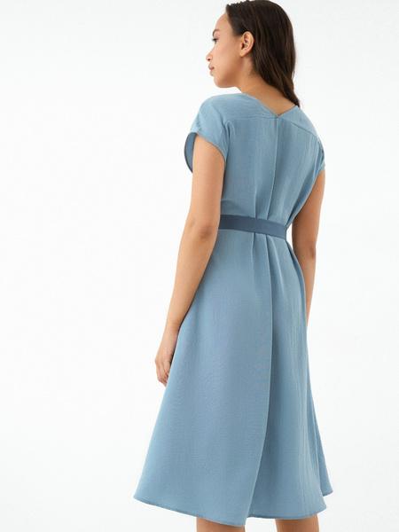 Струящееся платье-миди - фото 6