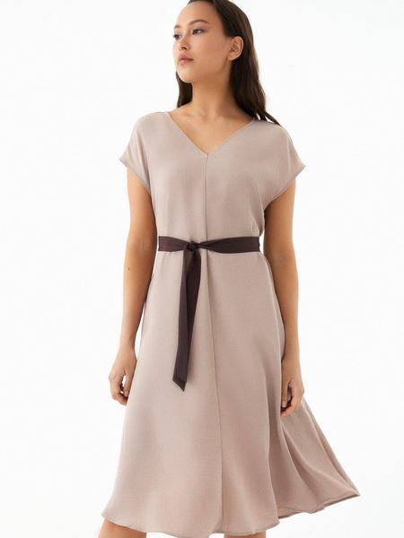 Струящееся платье-миди