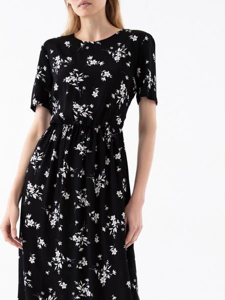Платье с резинкой на поясе - фото 3