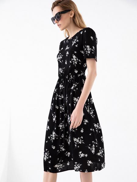 Платье с резинкой на поясе - фото 4