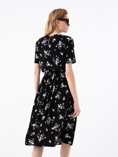 Платье с резинкой на поясе - фото 5