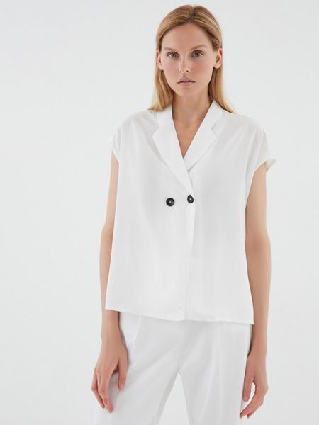 Блузка с пуговицами