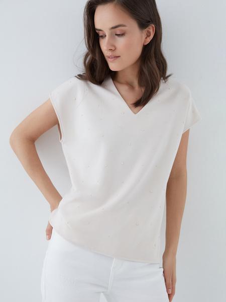 Блузка с бусинами