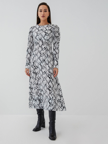 Платье из 100% вискозы
