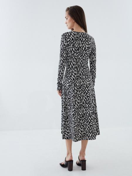 Платье с перекрученным лифом - фото 6