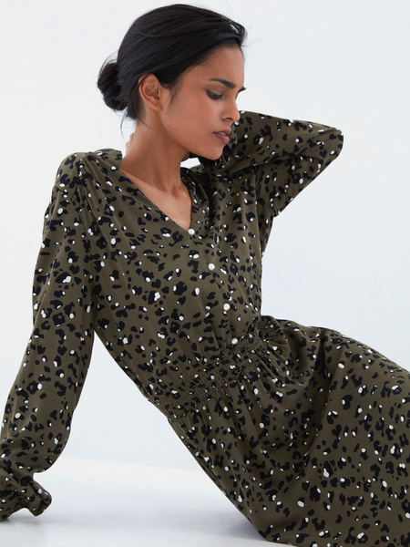 Платье с жемчужными пуговицами - фото 5