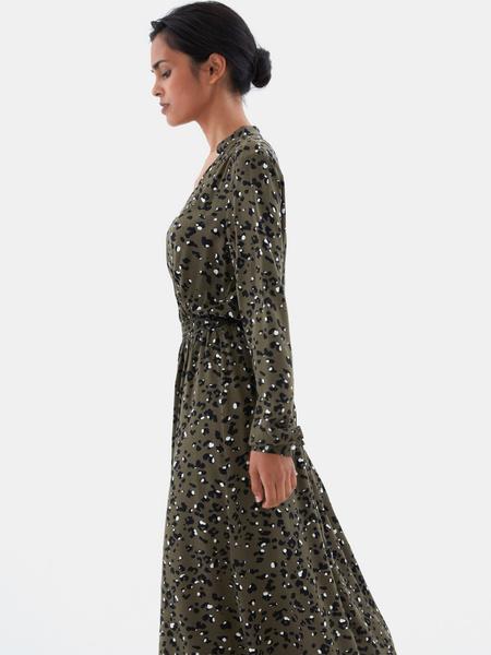 Платье с жемчужными пуговицами - фото 6