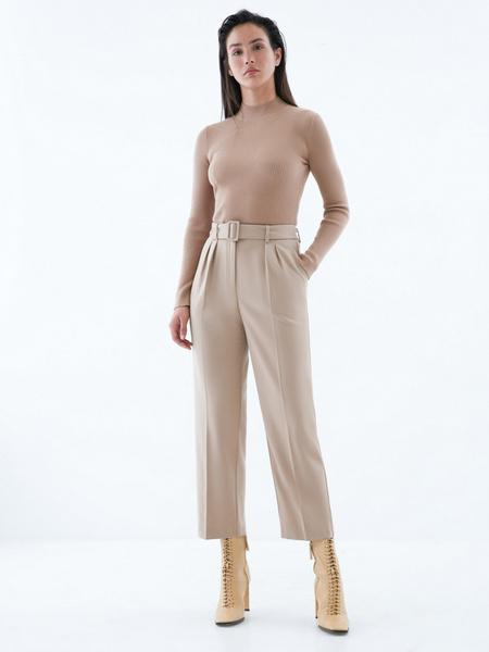 Прямые брюки с поясом