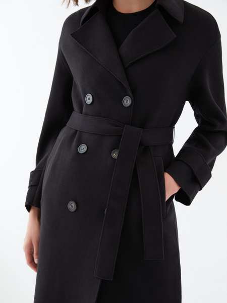 Двубортное пальто на поясе - фото 3