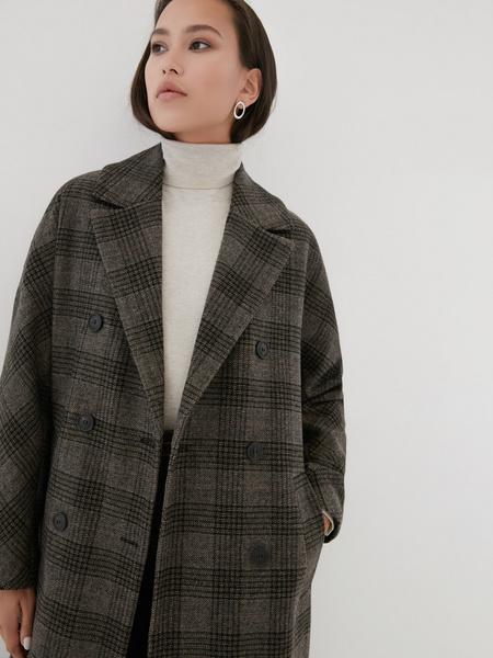 Удлиненное пальто на поясе - фото 3