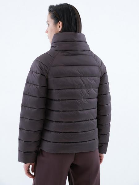 Стеганая короткая куртка - фото 6