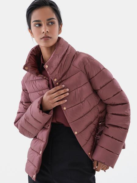 Стеганая короткая куртка - фото 4