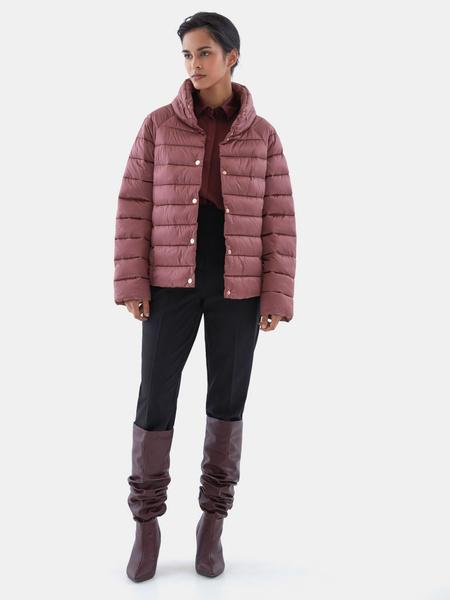 Стеганая короткая куртка - фото 8