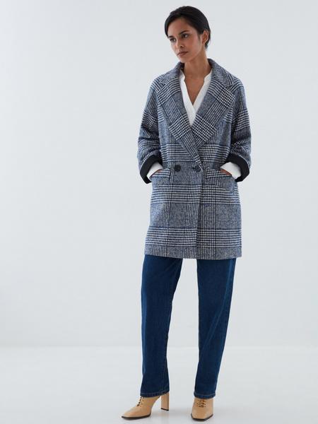 Прямое пальто на пуговицах - фото 6