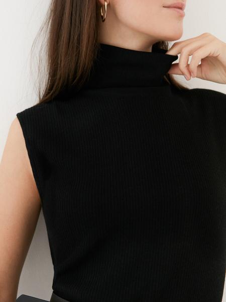 Облегающее трикотажное платье - фото 3