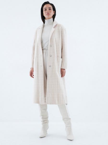 Пальто с карманами