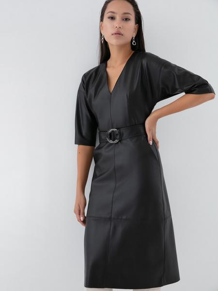 Платье на поясе - фото 1