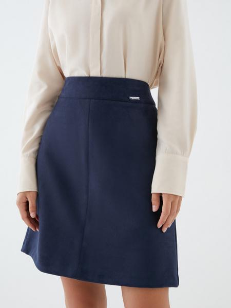 Замшевая юбка-трапеция - фото 3