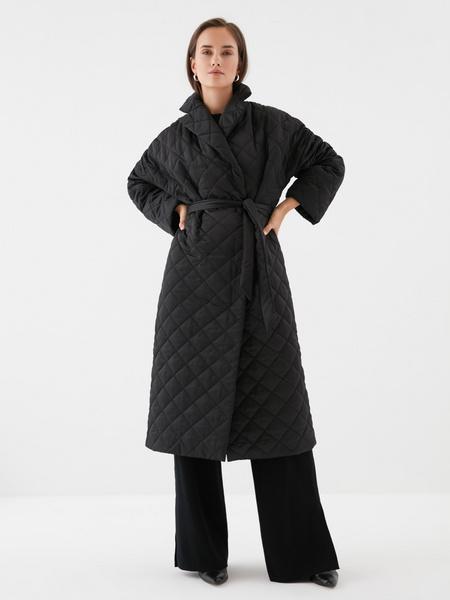 Стеганое пальто на поясе - фото 9