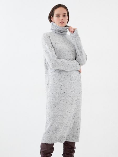 Теплое платье-миди