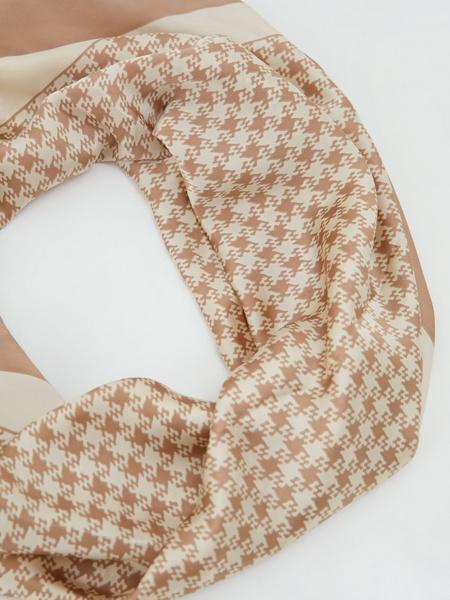 Атласный платок с принтом - фото 3