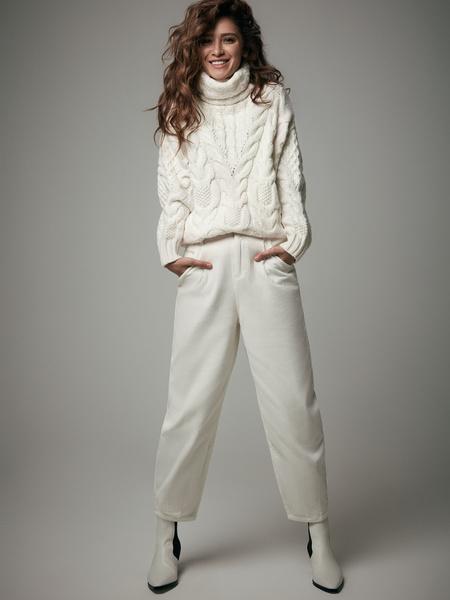 Белые вельветовые брюки - фото 1