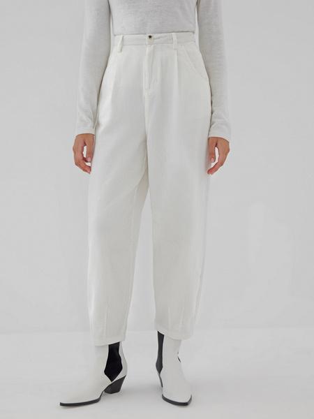 Белые вельветовые брюки - фото 6