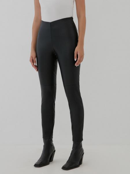 Узкие брюки из экокожи