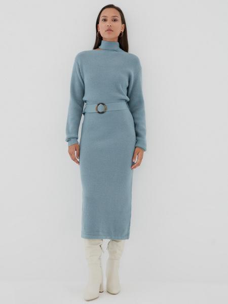 Платье с ассиметричным вырезом