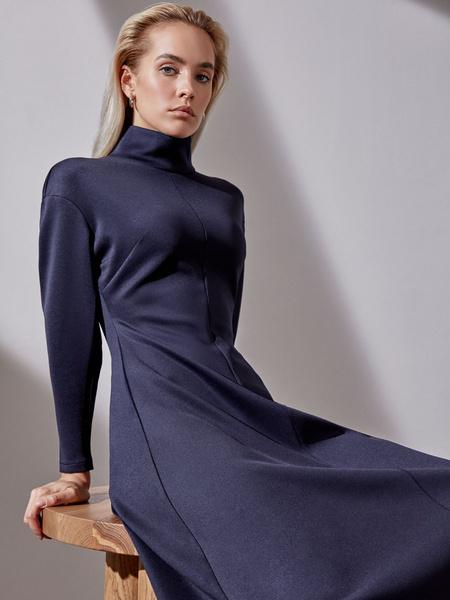 Платье-миди с закрытым горлом - фото 2