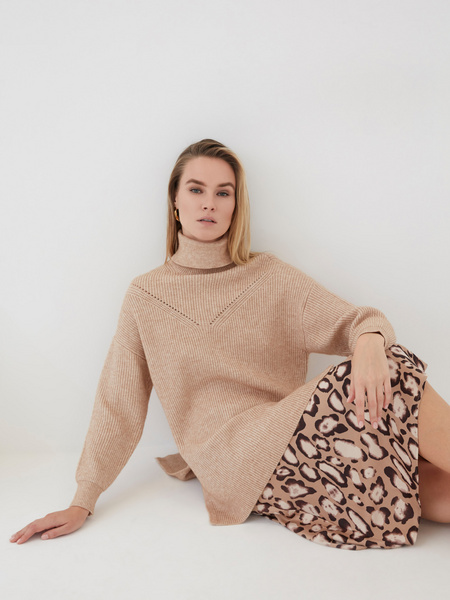 Удлиненный свитер - фото 8