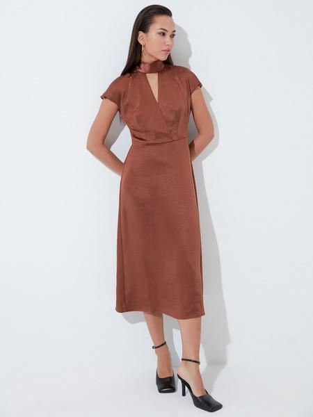 Платье с треугольным вырезом - фото 2
